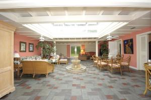 1100_coral_way_diningroomfamilyroom