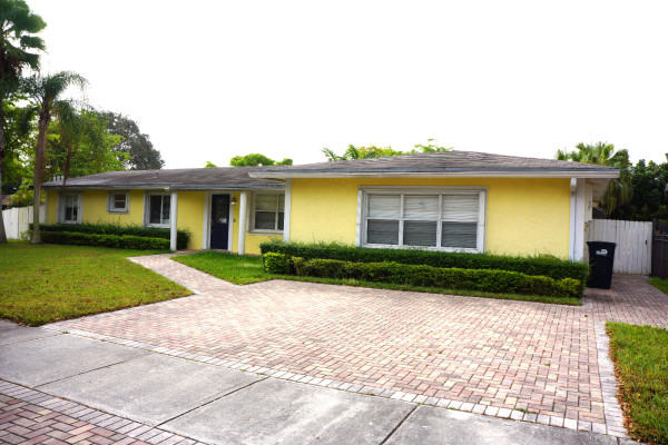 real estate bulldog oscar arellano 39 s coral gables For11174 Sw 112 Terrace