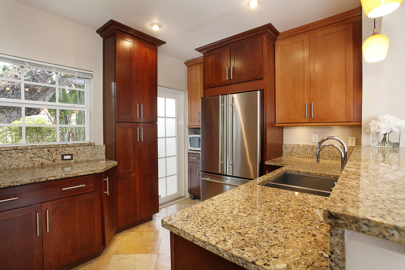 011-Kitchen-1674000-small