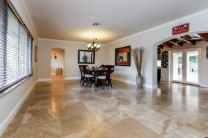 11805 SW 82nd livingroom 4