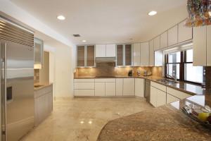 014-Kitchen-2543472-medium