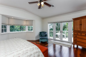 040-Master_Bedroom-2979465-medium