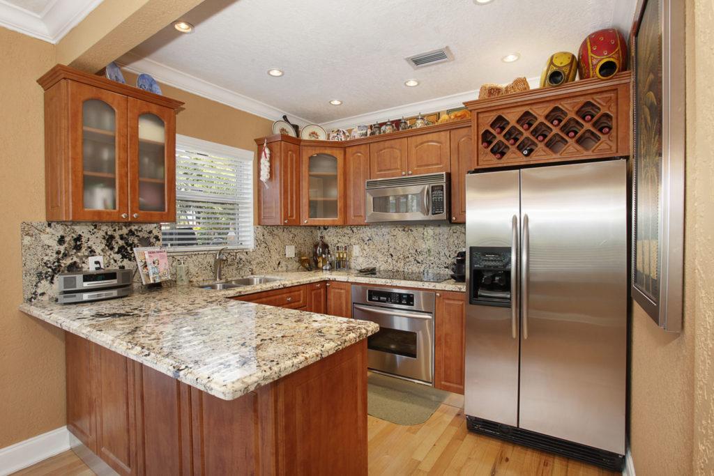 011-Kitchen-1792189-large