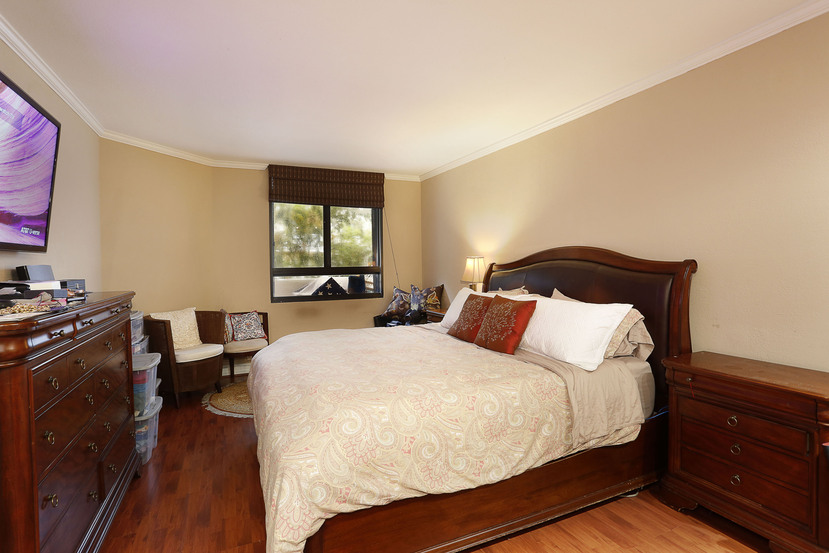 014-Master_Bedroom-3101569-small