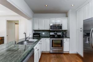018-Kitchen-2979460-medium