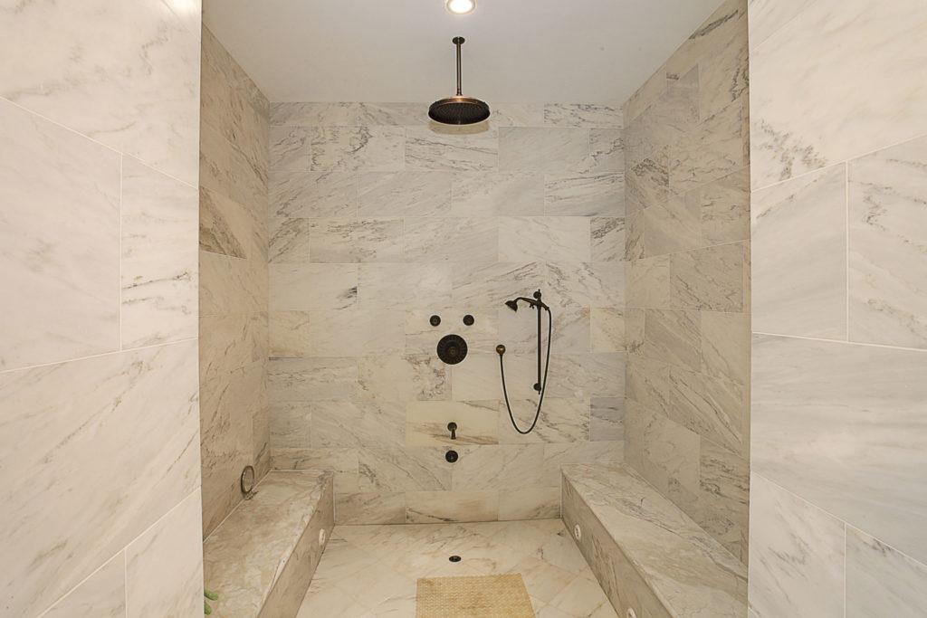 026-Master_Bathroom-2201289-large