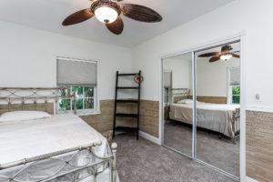 032-Bedroom-2979438-medium
