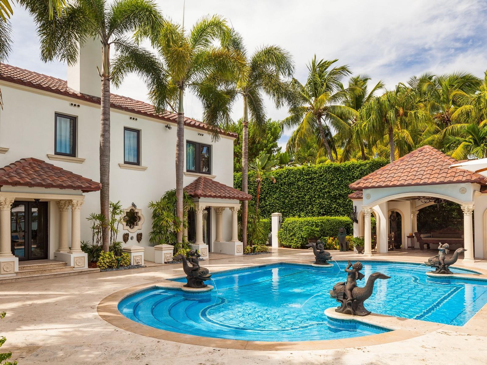 Real estate bulldog oscar arellano 39 s coral gables for Star island miami houses