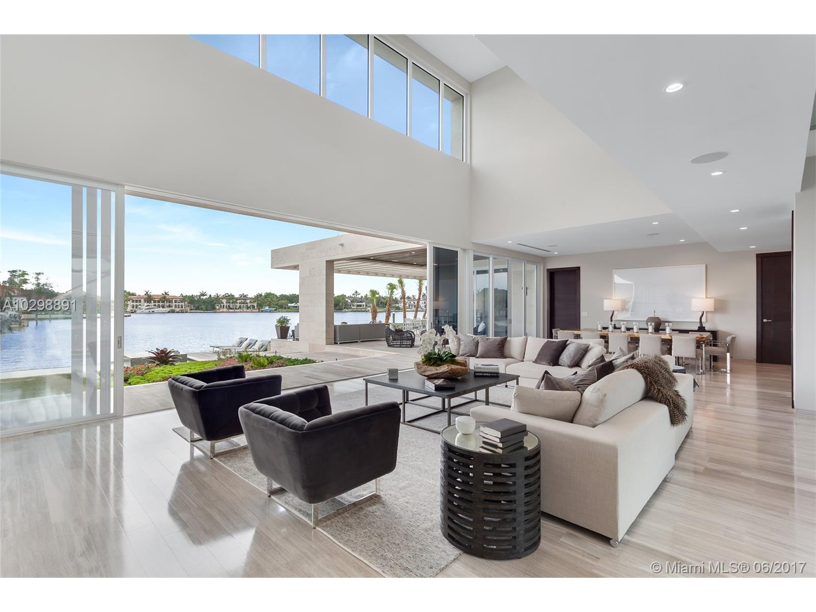 Modern Waterfront Estate   Coral Gables