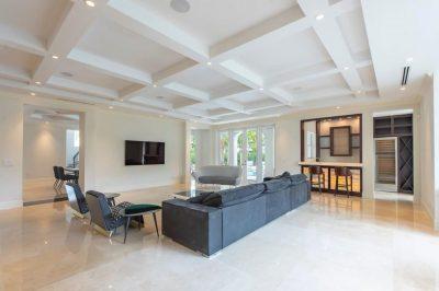 Real Estate Bulldog – Oscar Arellano's Coral Gables Realtor